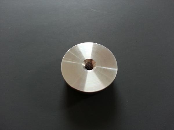 Rohr-Abschlussstopfen für 42,4x2,0mm flach mit Gewinde M8