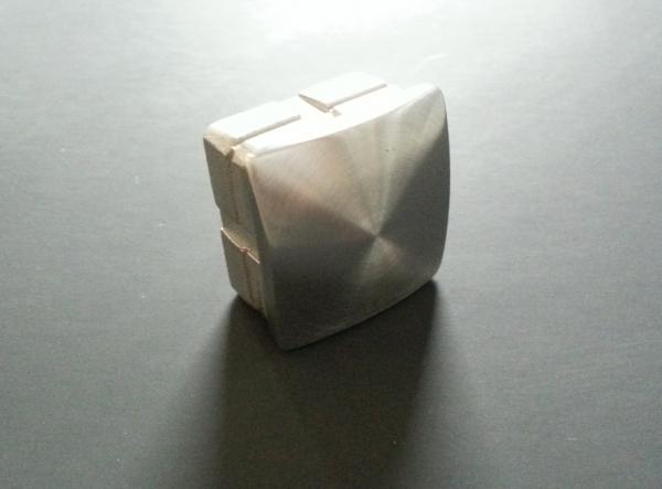 Quadratstopfen gewölbt 40 x 40mm